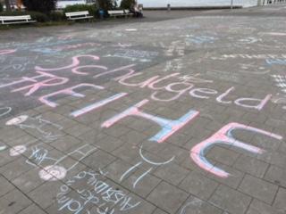 Demo vor dem Landeshaus! Gesundheitsberufe gemeinsam aktiv!